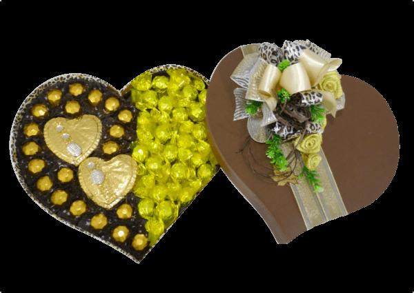 coração com chocolates extra